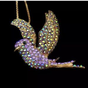 Beautiful Betsey Johnson Dove Necklace